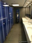 요즘 스페인에 도입된 유료 화장실, 어떨까요?