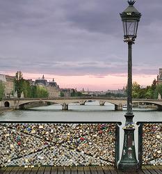 [퐁 데 자르 이야기] 사랑의 자물쇠보다 영원할 철강의 역사