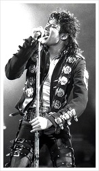 마이클 잭슨, 팝 레코딩의 교과서,팝 사운드의 새 기준을 제시했다고 평가를 받다.