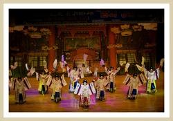 태평무 이수자 박성실 무용단 공연 사진