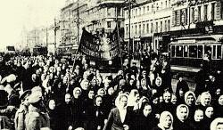 '옛 볼셰비즘'의 아이러니한 승리