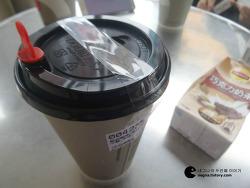 [대만여행 #8] 꼭 먹어봐야 한다는 소금커피 85°C Bakery Cafe / 야시장 인근(?)