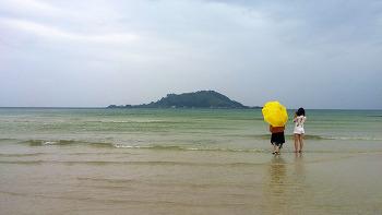 제주도의 에메랄드 빛  바다를 제대로 느낄 수 있는 협재 해수욕장! (제주 해수욕장/제주여행)