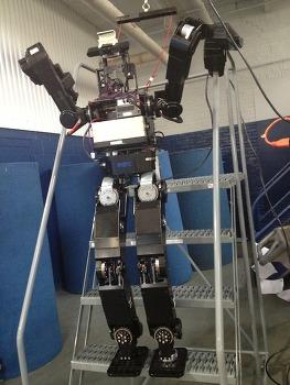 다르파 로보틱스 챌린지에 참가한 로봇들
