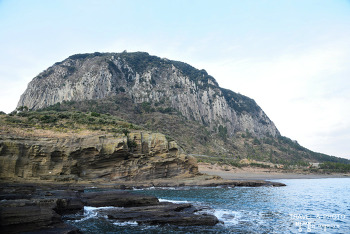 제주 용머리해안, 수천만 년 자연이 빚은 신비로움