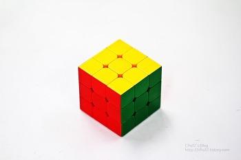 사각 큐브를 분해하면 어떤 모습일까?