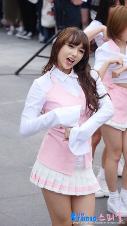160910 신촌 게릴라 공연 우주소녀 성소 직캠 by 스피넬