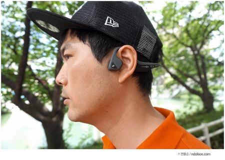 안전한 러닝을 위한 골전도 이어폰, TREKZ AIR 애프터샥 스포츠 이어폰