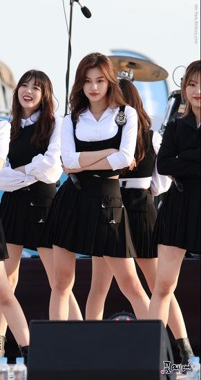 [18.06.02] 위키미키(Weki Meki) 김도연 [화성 청소년 문화페스티벌] 직캠(fancam) by 포에버