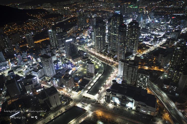 부산 국제금융센터 야경