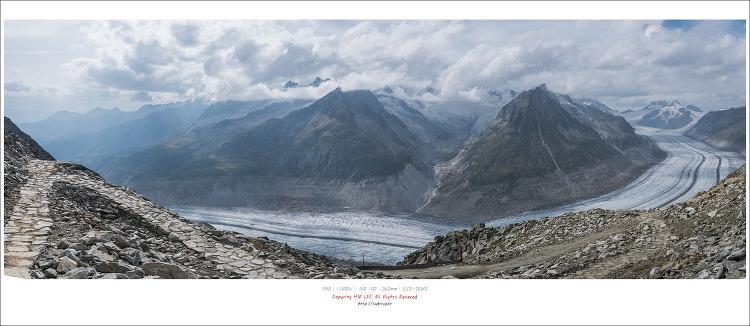 유럽 최대의 빙하를 조망할 수 있는 세계문화유산 알레치빙하(Aletsch Glacier)
