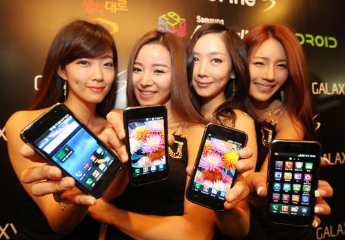 갤럭시S, 아이폰4도 두렵지 않은 대단한 물건?