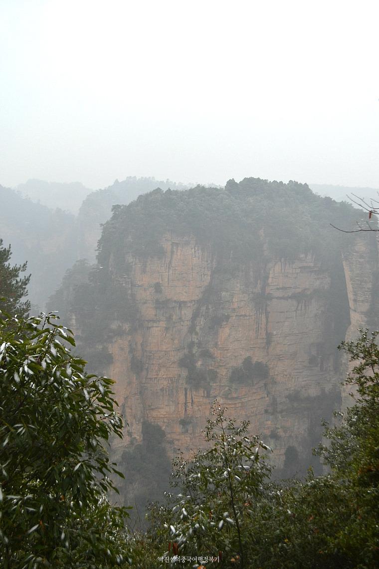 중국 최초의 산림공원 – 장가계 원가계, 그 정상 위 풍경