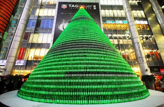 for How to make a beer bottle christmas tree