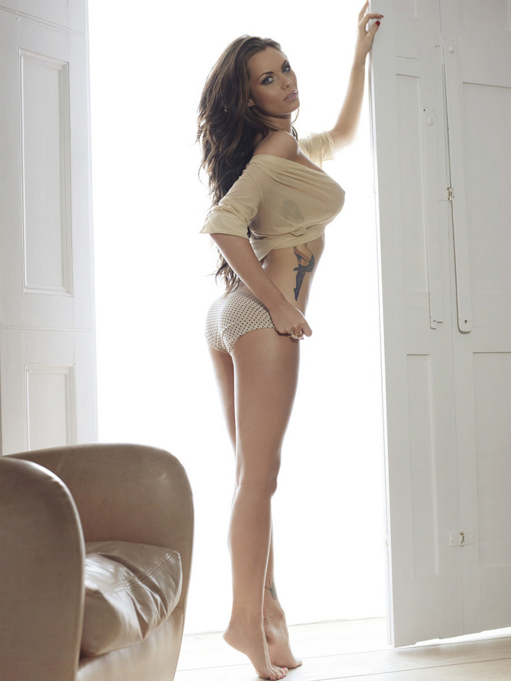 Holly peers topless photoshoot - 4 1