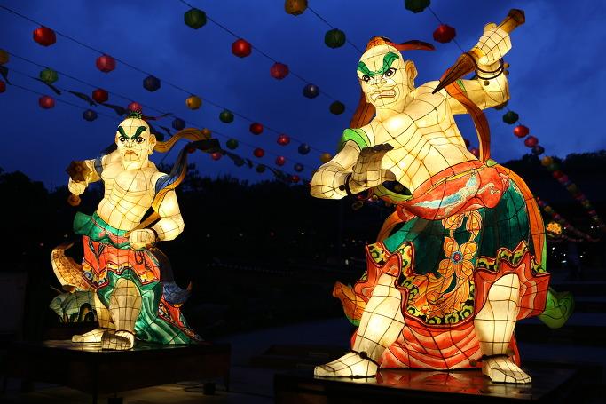 봉은사 전통등 전시회 금강역사 등