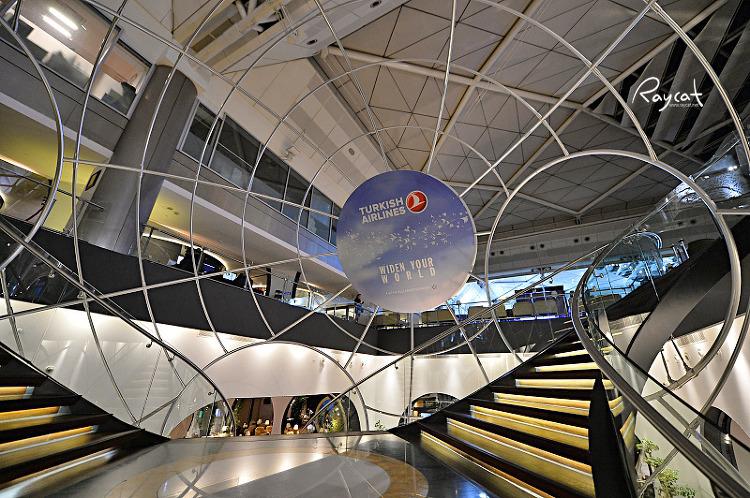 터키공항 터키항공 CIP 라운지 카페 가는길