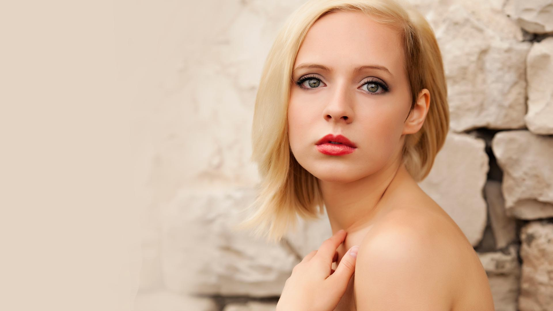 Image gallery madilyn bailey for The bailey
