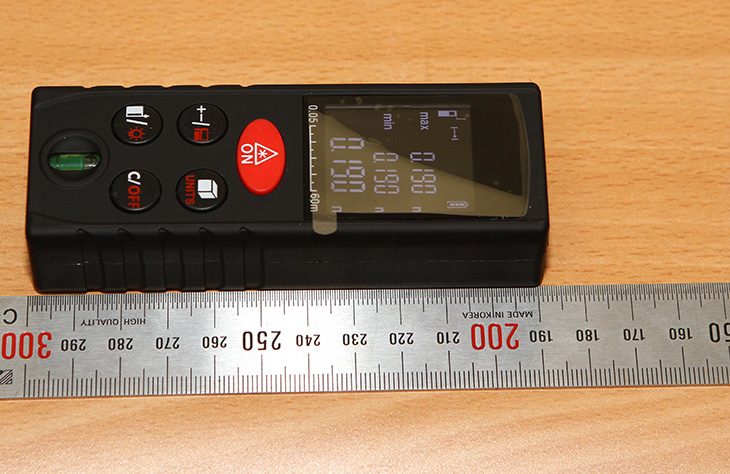 저렴한 ,거리측정기, KXL-D60 ,60m, 사용기,IT,IT 제품리뷰,이거 하나 정말 갖고 싶었는데요. 근데 생각보다 안비싸네요. 저렴한 거리측정기 KXL-D60 60m 사용기를 적어보도록 하겠습니다. 벤치마크를 할 때 거리를 가끔 표시를 해야할 때가 있는데 그럴 때도 유용하게 사용 할 수 있을 것 같네요. 간단하게 버튼 하나로 측정됩니다. 저렴한 거리측정기 KXL-D60 60m는 모델명에 나오듯 최대 60m 측정이 가능한 모델인데요. 직선거리로 근데 이 거리 측정하는건 아닌듯하네요.