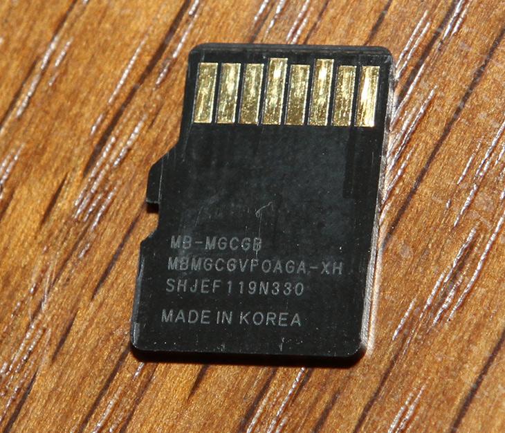 삼성, MicroSD ,AS ,정품, 확인,  AS 받는 방법,IT,IT 제품리뷰,처음 구매할 때 좋은 제품을 사는게 좋습니다. 나중을 위해서라면요. 삼성 MicroSD AS 정품 확인 및 AS 받는 방법을 소개 합니다. 정품은 사용하다가 문제가 생겨도 교환받기가 너무 쉽습니다. 실제로 해봤는데요. 삼성 MicroSD AS 받는 방법은 전화를 걸어서 신청하고 접수가 되면 택배로 보내면 됩니다. 택배비용도 무료입니다. AS기간도 10년으로 무척 긴편으로 문제가 생겼을 때 쉽게 교환 가능하죠. 물론 데이터는 복구를 하려면 별도의 다른 방법을 써야 합니다.
