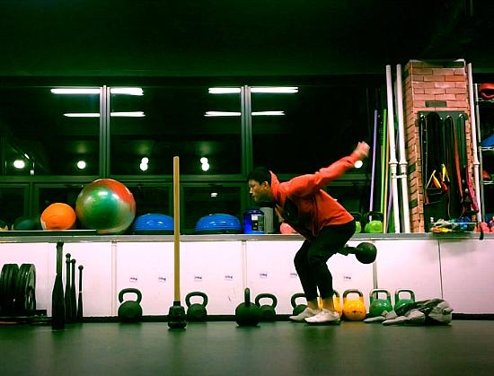 전신을 자극하는 기능성 운동 5가지(케틀벨 / 클럽벨 / 메이스벨 / 불가리안백)