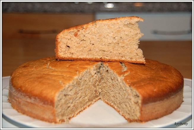 바나나 아몬드 케이크(TORTA DI BANANE E MANDORLE)