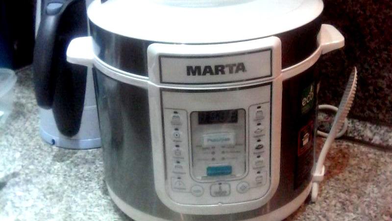 사진: 전기밥통은 생각보다 관리가 쉽지 않다.